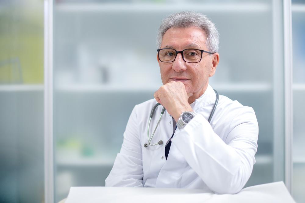 dr. med. Bojan Ignatovski spec.opće kirurgije - estetski kirurg