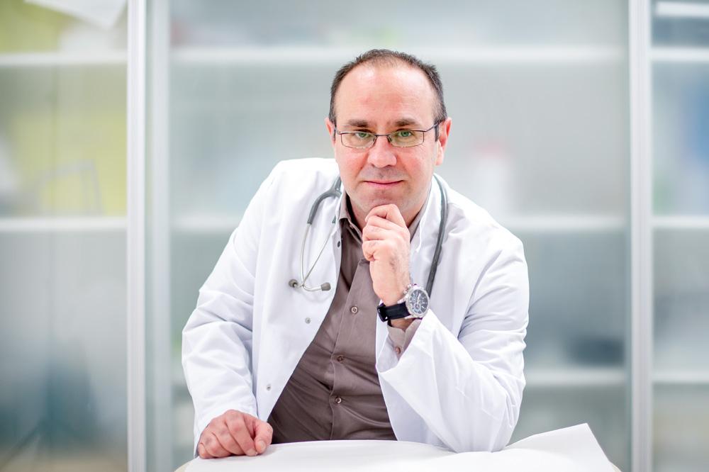 dr. med. Dino Štrlek spec.opće kirurgije - vaskularni kirurg