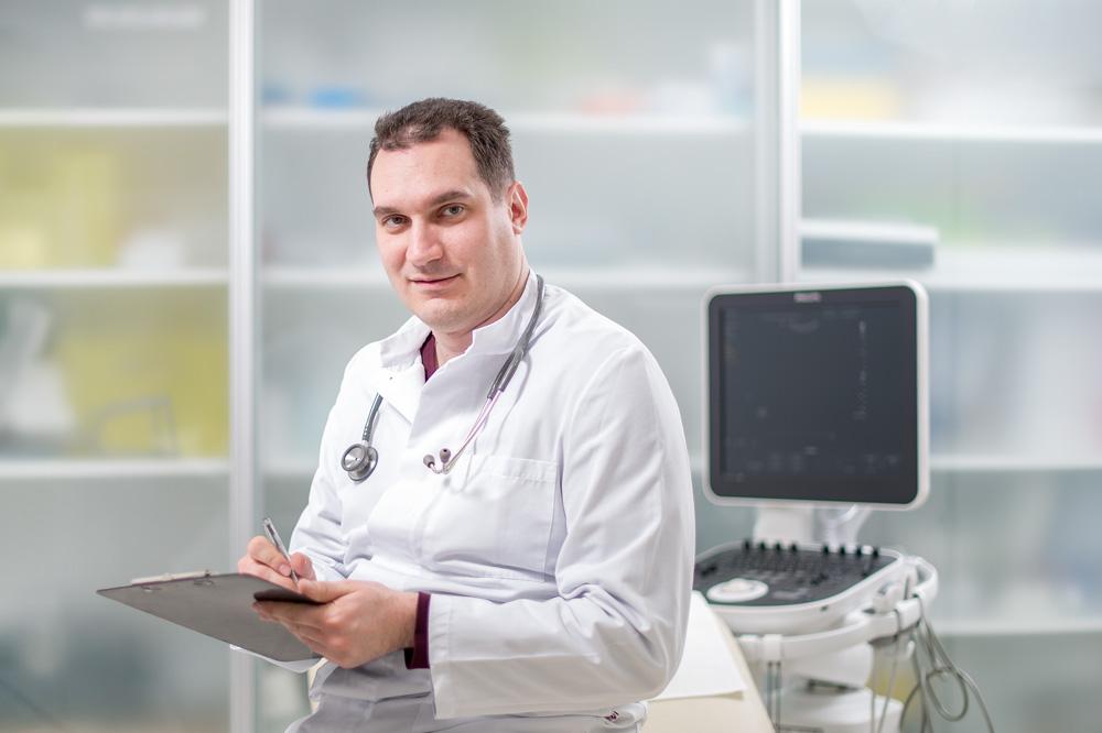dr.med. Bojan Mariani spec. internist - gastroenterolog